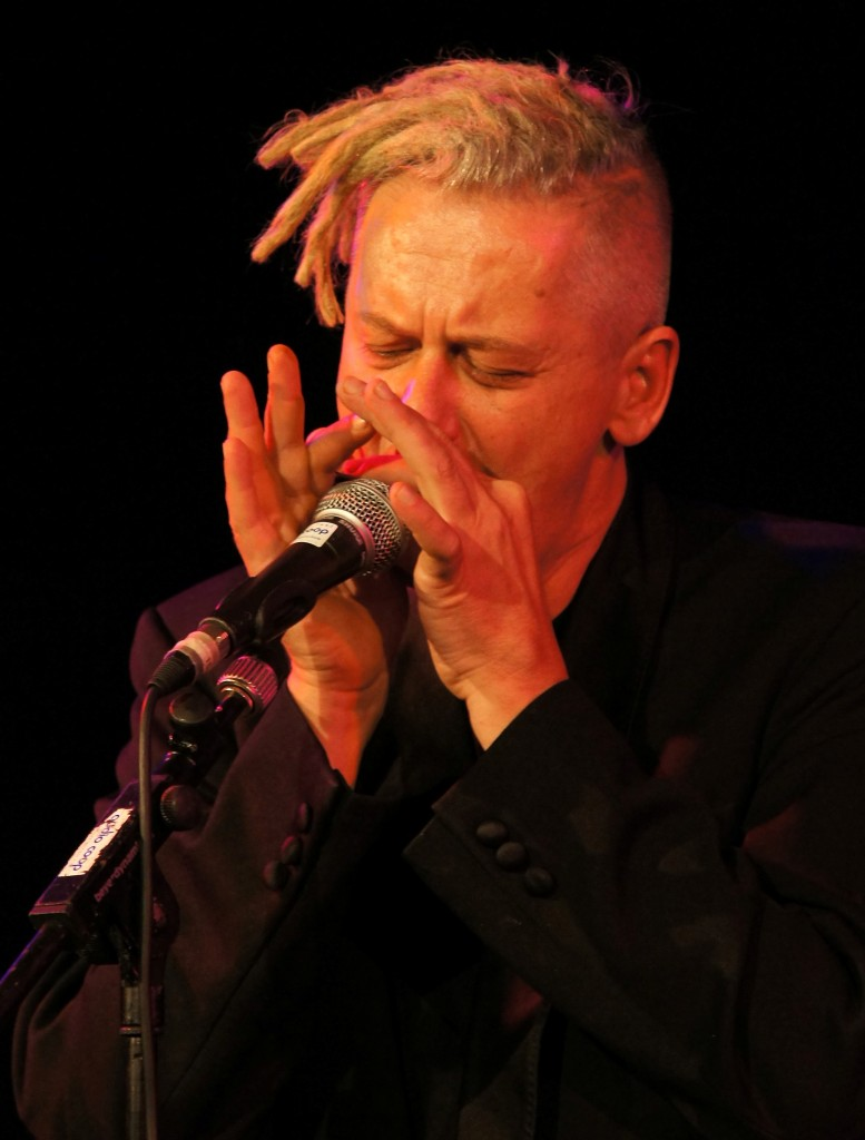 Marc-Breitfelder-Weltmeister-der-Blues-Harp-777×1024