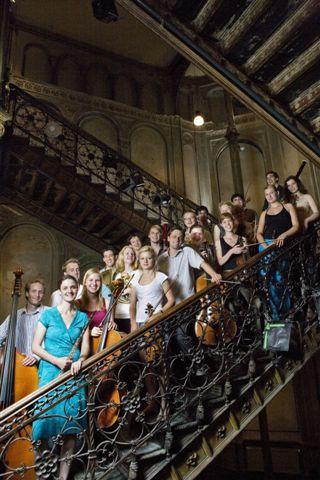 Orchester-im-Treppenhaus